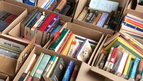 Books! Decluttering time